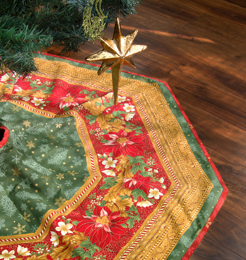 Aqua Christmas Tree Skirt: Tree Skirt2 Free Pattern: Robert Kaufman Fabric Company